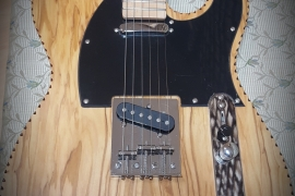 Telecaster con top in ulivo