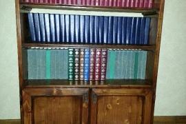 Piccole librerie in abete