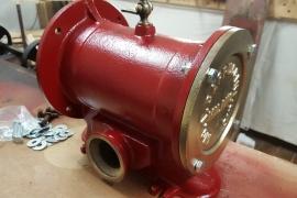 Antica pompa a mano anni 30